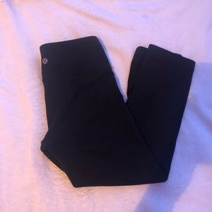 Cropped lulu lemon leggings